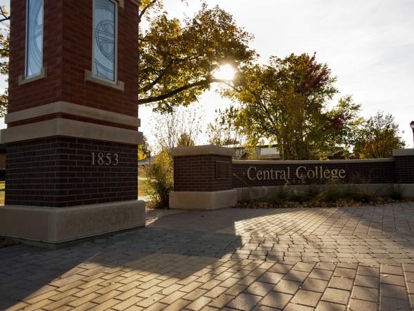 Central College Pella IA 100912