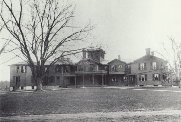 The original 39-room mansion.