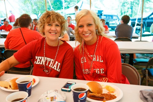 Central alumni enjoying lunch at Homecoming.